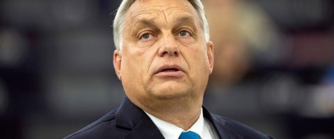 Viktor Orban joue le post-PPE
