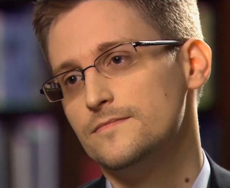 Edward Snowden a officiellement demandé l'asile à la France